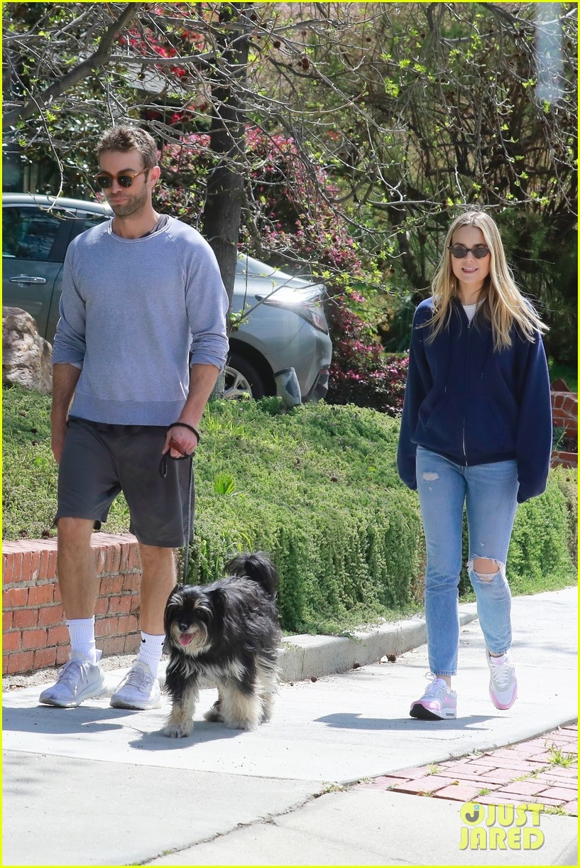 chace crawford ex rebecca rittenhouse meet up for walk 05
