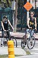 chris pine annabelle wallis bike ride 46