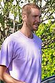 calvin harris hangs out wit friends after revealing he nearly died 01