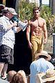 jake picking shirtless with zac efron 09