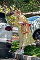 elle fanning yellow dress party sister dakota pics 04