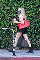emma roberts steps out amid pregnancy rumors 34