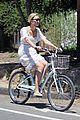 karlie kloss joshua kushner wear masks on bike ride 01