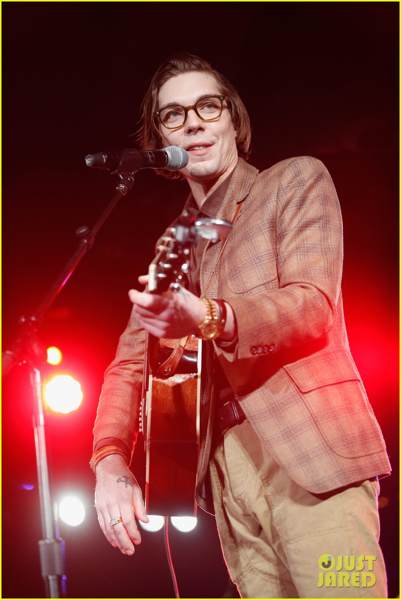 justin townes earle dead at 38 03