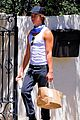 zachary quinto picks up food with a friend 06