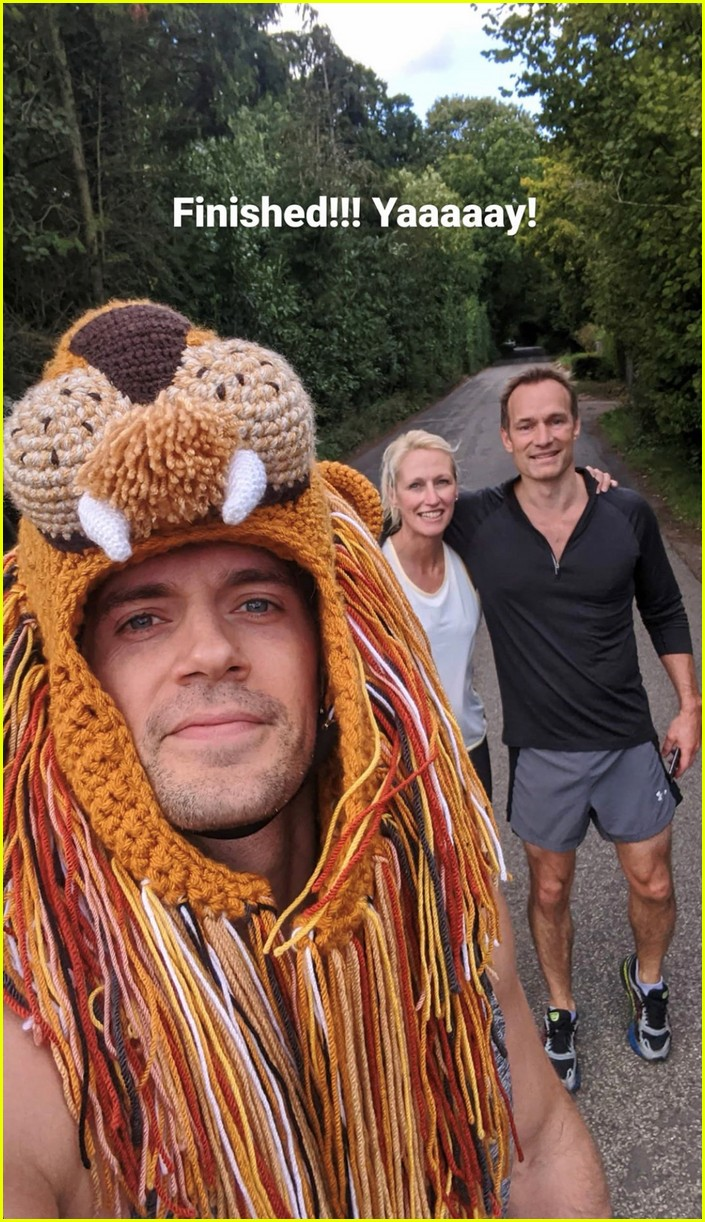 henry cavill goes running in lion hat for durrell challenge 05