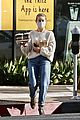 julianne hough gets coffee with mom 01