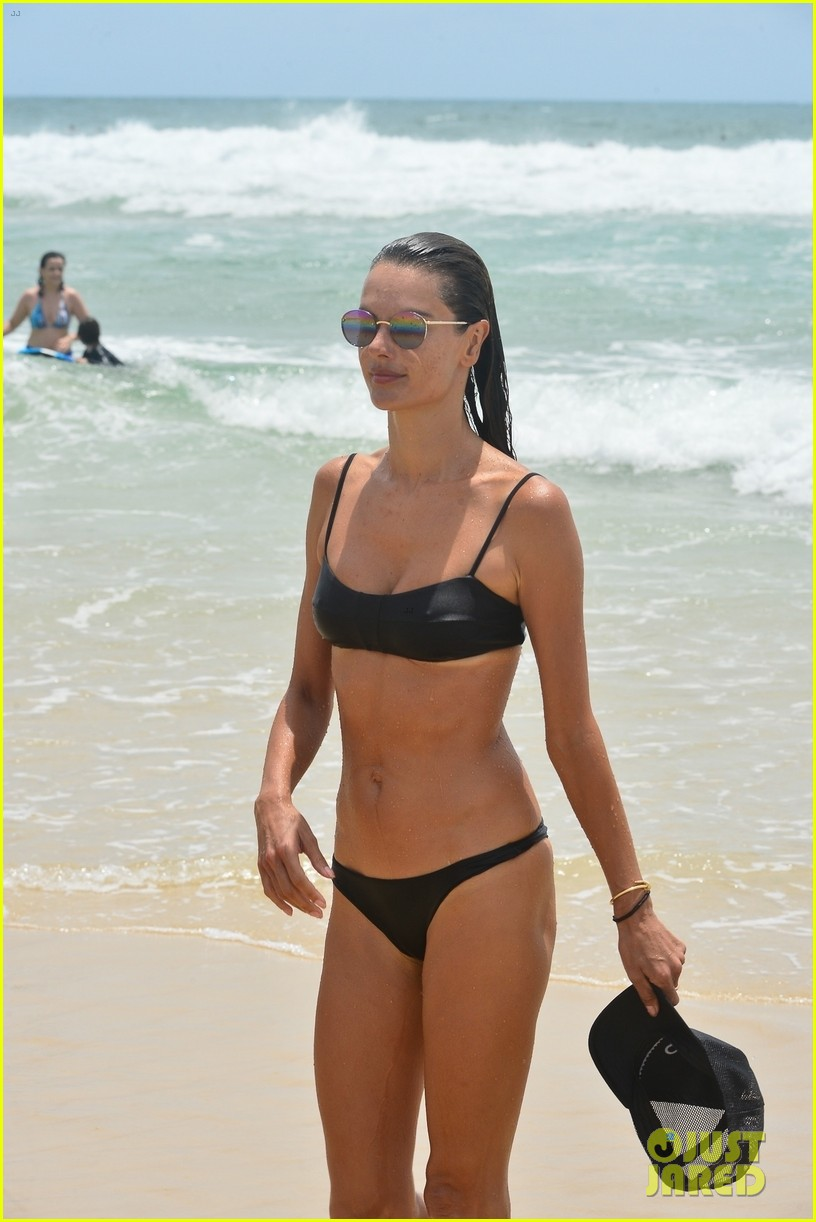 alessandara ambrosio enjoys workout on beach brazil 04