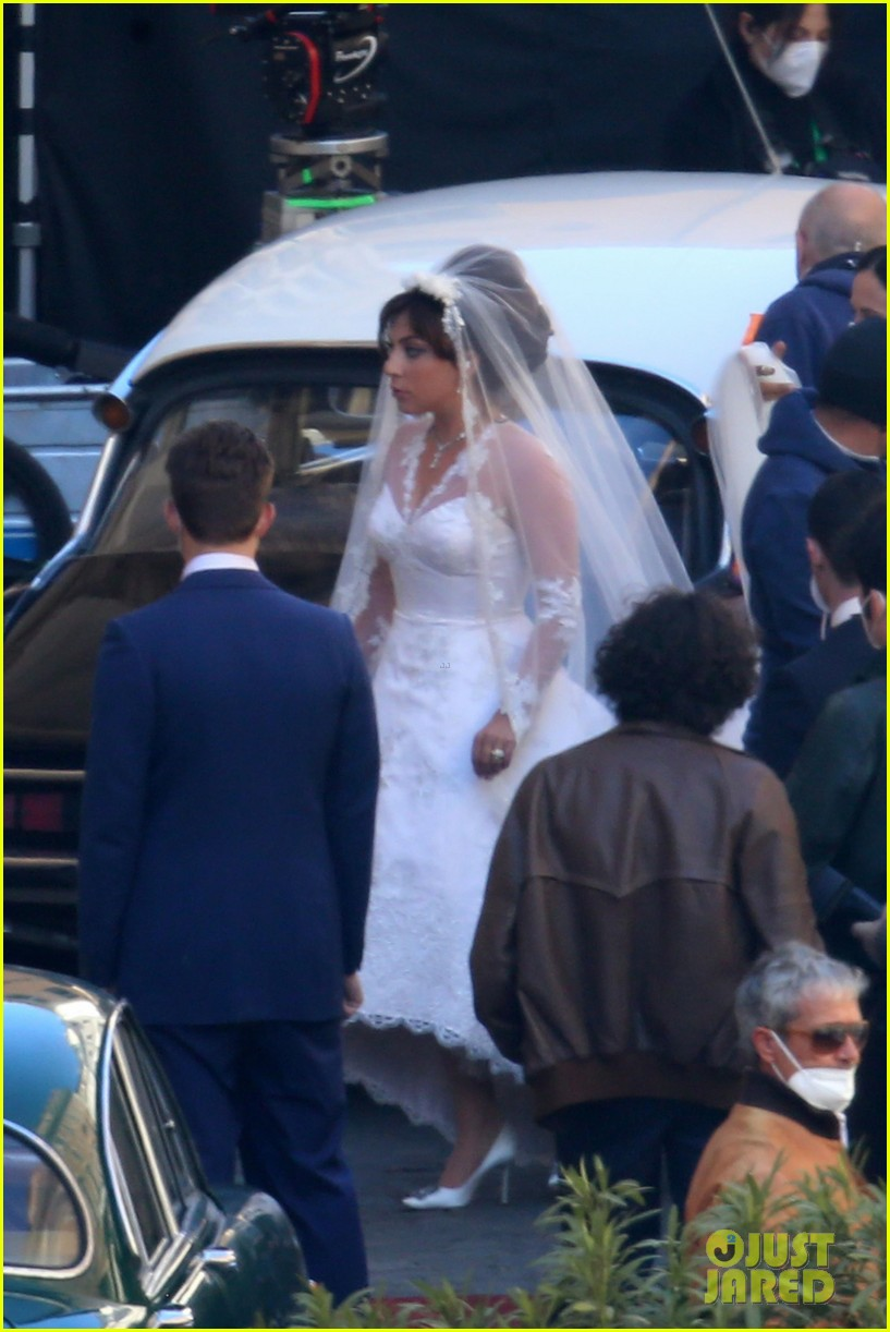 lady gaga house of gucci wedding 04