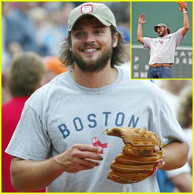 Tom Welling's Boston Beard