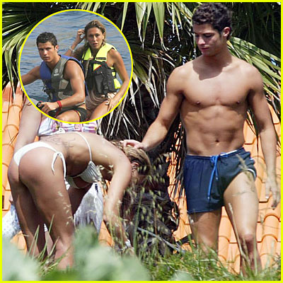 Cristiano Ronaldo Shirtless & Girlfriend Merche Romero