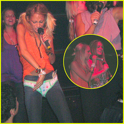 Nicole Richie Sings Karaoke In Her Panties