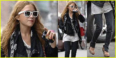 MK Olsen Looks Hot