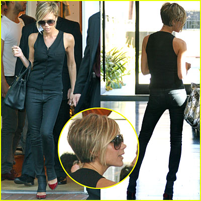 Victoria Beckham Goes Blonde!