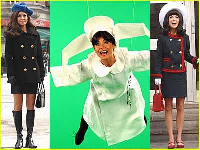 Kelly Ripa is Mary Tyler Moore
