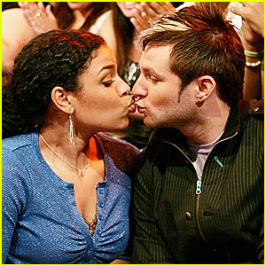 Blake and Jordin Get Kissy Kissy
