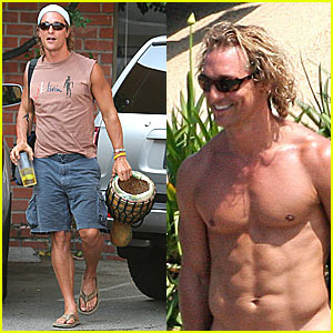 McConaughey Bops to the Bongo Beat