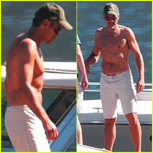 George Clooney: Shirtless by Sea