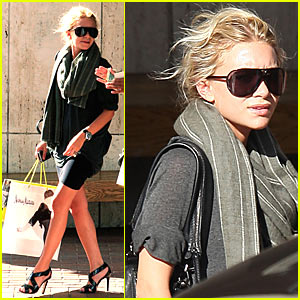 Ashley Olsen Shops 'Till She Drops