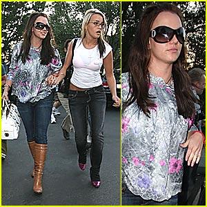 Britney & Jamie Lynn: Sister-Sister Bonding