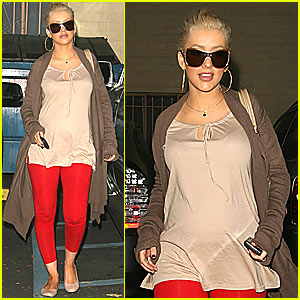 Christina Aguilera @ Doctor's Office