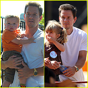 Mark Wahlberg Goes Pumpkin Picking