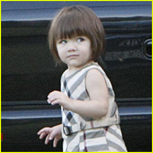 Suri Cruise is Purple-licious
