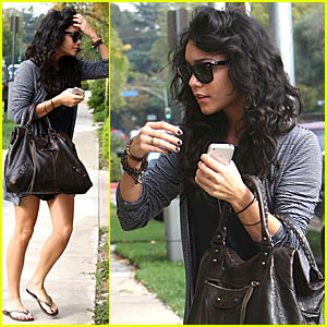 Vanessa Visits Zac's House