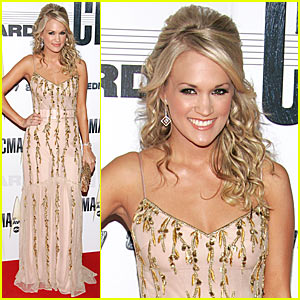 Carrie Underwood @ CMAs 2007