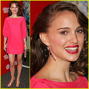 Natalie Portman: Hot in Hot Pink