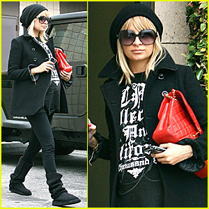 Nicole Richie @ AAP Center