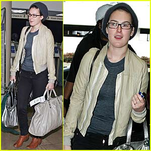 Rumer Willis @ LAX Airport