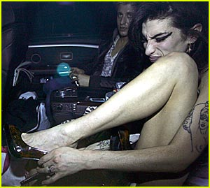 Amy Winehouse Adjusts Herself