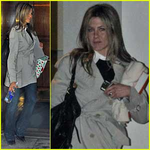 Jennifer Aniston's Holiday Cheer
