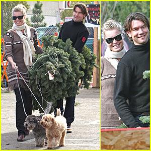 Rebecca Romijn Owns a Fir