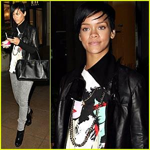 Rihanna Dips Into Häagen-Dazs