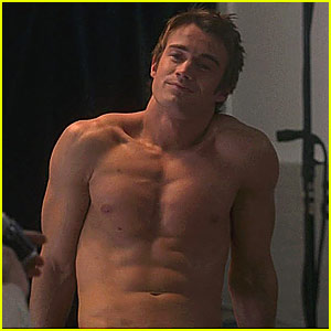 Robert Buckley is Shirtless