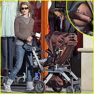 Keri Russell's is Tickled Pinkberry