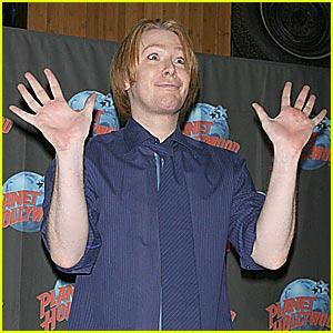 Clay Aiken: Look Ma, No Hands!