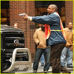 Denzel Washington Takes Pelham 123