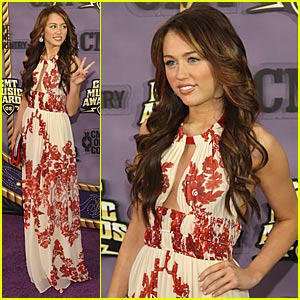 Miley Cyrus Hosts the CMT Music Awards 2008