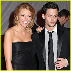 Blake Lively & Penn Badgley Caught Kissing