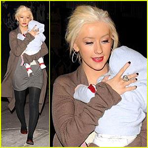 Christina Aguilera is Maxed Out in NYC