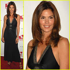 Cindy Crawford is Linked Against Leukemia