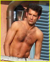 Clive Owen is Shirtless