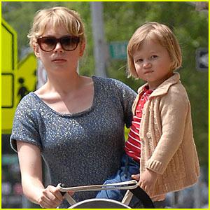 Matilda Ledger: Happy Mother's Day!