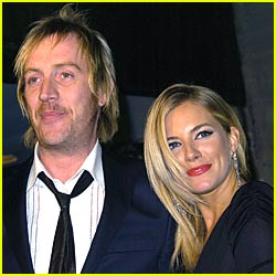 Sienna Miller: I 'Totally' Love Rhys Ifans