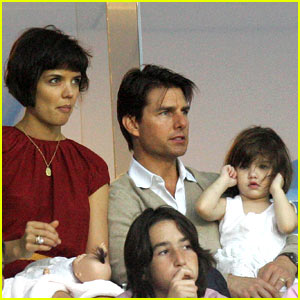 Suri Cruise Cheers on David Beckham