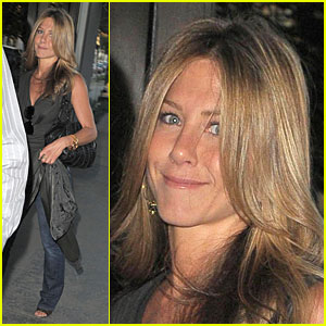 Jennifer Aniston and Cameron Diaz's Wicked Web