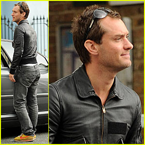 Jude Law Lives in Nike Town